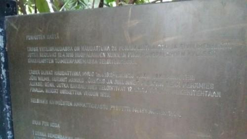 Muistolaatta Pohjois-Haagan haudalla pitää sisällään aika lailla virheitä.