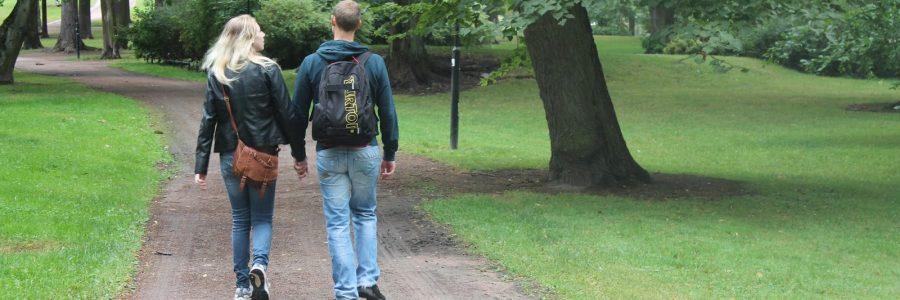 Helsingin kävelyfestivaalia puuhaamassa