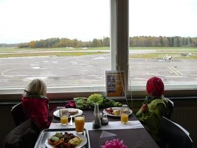 Kaupungin paras brunssipaikka tuhotaan – hyvästi Malmin lentokenttä