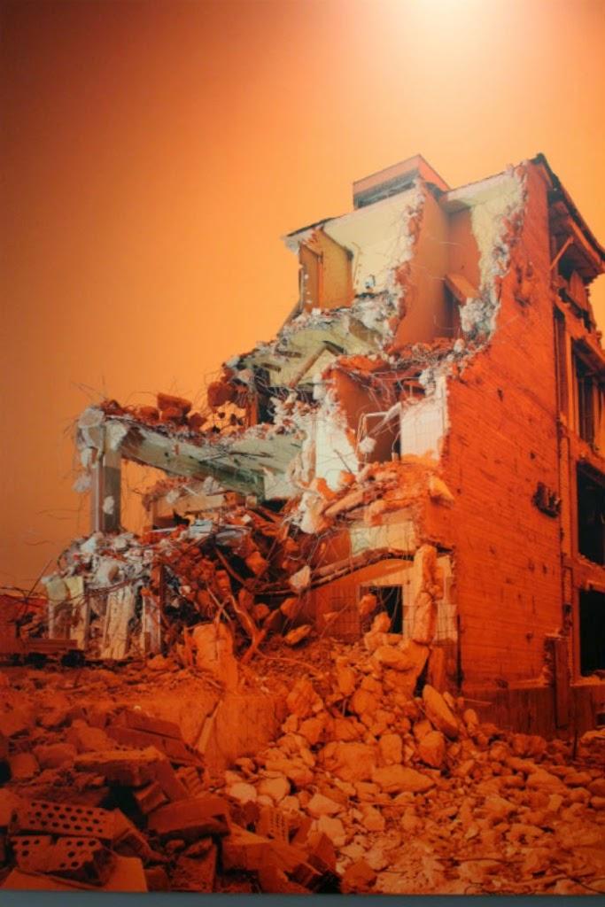 Näyttelyarvio: Valon ja varjon hittibiisit Taidehallissa – video