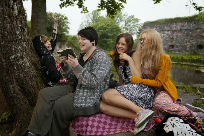 Elokuva-arvio: Toiset tytöt ja aikuistumisen tuska
