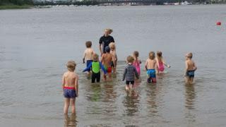 Kivinokan uimakoululaiset huippuopissa