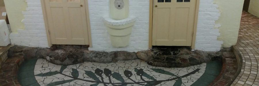 Hietalahden hallin hieno vessa-aula